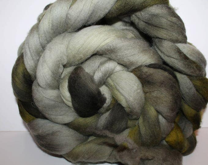 Kettle Dyed Merino Wool Top. Super fine. 19 micron  Soft and easy to spin. Huge 1lb Braid. Spin. Felt. Roving. M335