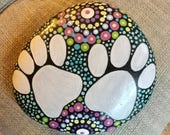 Painted Stone, pet rock, dog paw