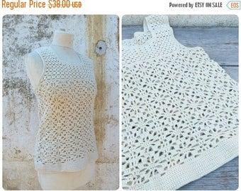 ON SALE Vintage 1970/70s French Handmade Cream Crochet top /tank / Festival/boho/hippie size S
