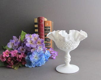 Vintage Milk Glass Compote, Footed Candy Dish, Wedding Candy Bar Dish, Wedding Decoration, Pedestal Dish