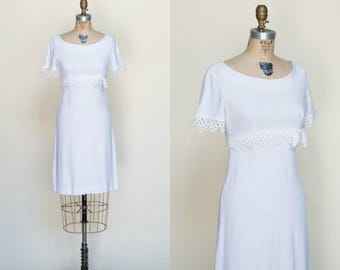 20% OFF 1960s Betty Barclay --- Vintage White Dress