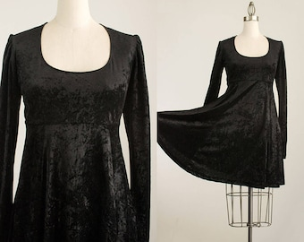 90s Vintage Black Velour Scoop Neck Grunge Style Mini Dress / Size Medium / 1990s Black Velvet Babydoll Dress
