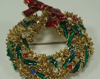 Stunning Gold Tone Christmas Wreath Pin Brooch With Rhinestones and Enameled Ribbons And Bow, The Bow Is On A Spring