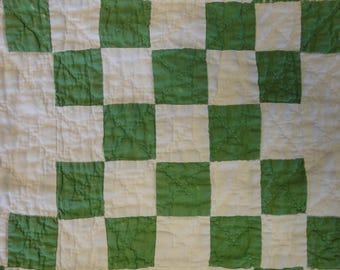 Antique Green Quilt Piece | Old Green Quilt Piece | Vintage Green Quilt Piece | Cutter Quilt Piece | Quilt Piece For Crafts | 16 x 17.5