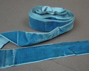 4-1/2 Yards Vintage Turquoise Velvet Ribbon, 1950s, 1960s, 1-1/2 inches wide