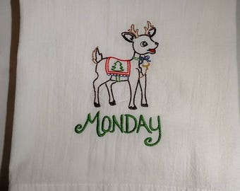 Days of the Week tea towels, dish towels, set of 7, reindeer, Christmas flour sack towels, machine embroidery,kitchen decor,Christmas towels