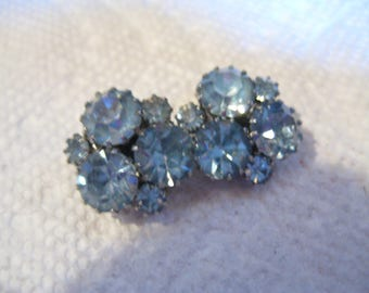 Light Sapphire  Clip On Earrings in Silver Tone Metal from the 60s