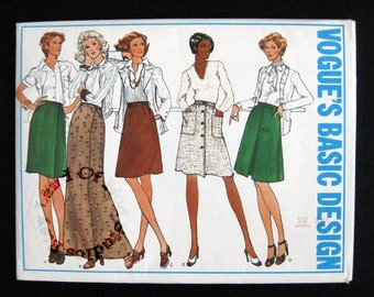 1970s Vogue pattern 2931 misses Skirts size waist 25 hips 34 half  Vogues basic design pattern