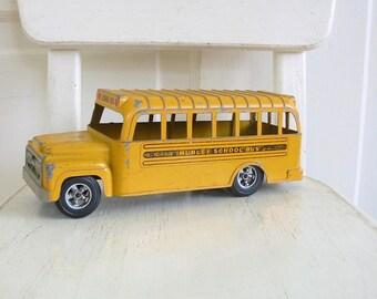 Vintage Toy School Bus, Yellow School Bus, Hubley School Bus, Back to School, Metal School Bus, Metal Bus
