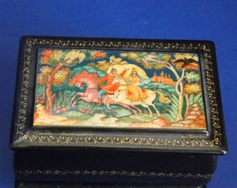 Vintage Russian Hand Painted Lacquer Box of a Prince and his Maiden - FREE SHIPPING