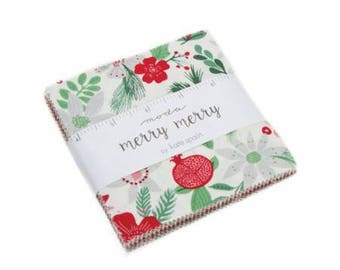 """FABRIC Charm Pack  5""""  MERRY MERRY Christmas  by Moda"""