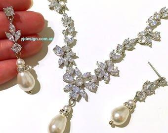 Cz Pearl Bridal Jewelry Set, Vines Bridal Necklace, Leaves Bridal Earrings, Pearl Wedding Necklace, Cubic Zirconia Wedding Jewelry, JUWELEN