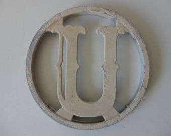 VINTAGE salvaged industrial METAL letter 'u' PLAQUE - screen door marker