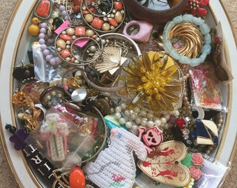Destash HARVEST LARGE Lot Vintage Jewelry Bits Pieces Creating Grab Bag, Junk Drawer, Treasures, Retro, necklaces, brooches, earrings,