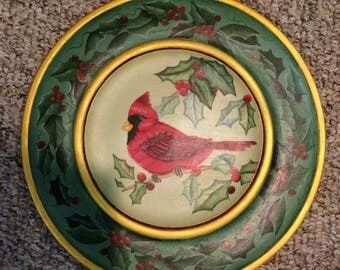 """14"""" wood Plate with Cardinal and Holly         3234"""