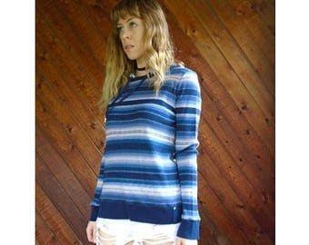15% Memorial Day Wknd ... Navajo Striped Hooded Thermal Pullover Top - Vintage 90s - S/M