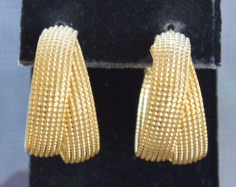 Brushed Gold tone Double Hoop Lever back Pierced Earrings, Vintage (TB230)