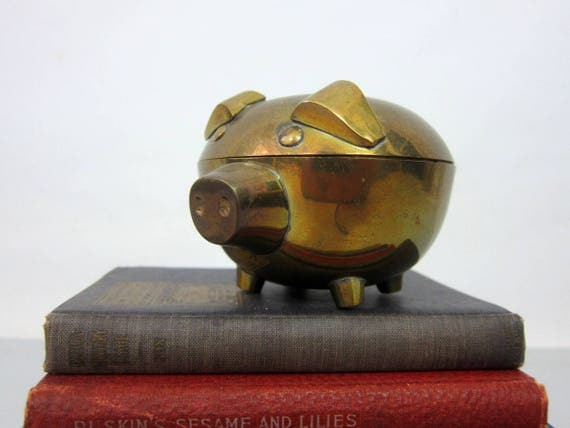 Brass Pig Dish Vintage brass Pig with Lid Mid Century Collectible Shelf Sitter Bookshelf Decor Small Candy Dish Made in India