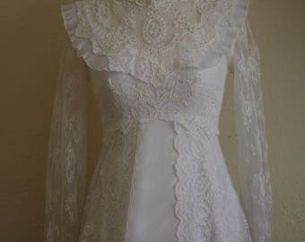 Vintage 70s wedding dress small