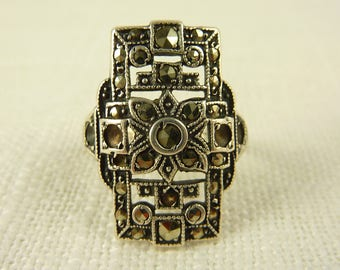 Size 5.5 Vintage Antique Uncas Sterling and Marcasite Deco Ring
