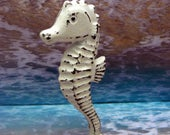 Seahorse Cast Iron Statue Figurine Stand Nautical Sea Horse Cottage Chic Classic White Shabby Style  Chic Distressed Beach Weathered