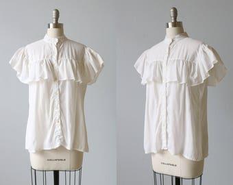 White Short Sleeve Ruffled 1980s Blouse / Ruffled Blouse Top / Button Down Blouse / Prairie Blouse Gunne Sax Blouse
