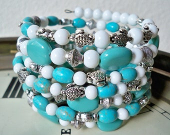 Turtles, turquoise and white beaded One Wrap Bracelet - Boho chic style - Memory wire - Cuff Bohemian - One of a Kind - bycat