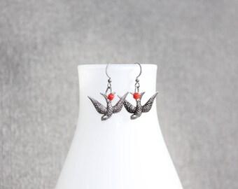 bijoux mode, Boucle d'oreilles, bijoux fantaisie, oiseaux, bird, rouge, cadeau pour elle, earing , mode jewelry, metal earing, casual earing