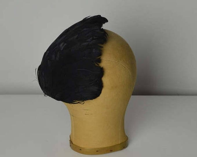 sale Vintage Hats, Black Feathered Hat, Feathered Cap, Half Hat, 50s Hat, Feathered Hat, Millinery Hat, 1950s Hat, Mini Hat, Cocktail Hat,