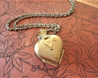 Vintage Heart Locket Necklace Four Photo Brass Heart Locket Heart Pendant Vintage Heart Locket Brass locket Keepsake Locket Jewelry