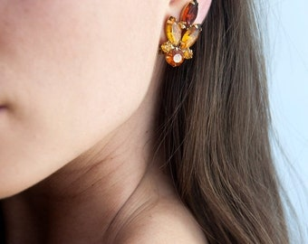 40% OFF The Amber Bumblebee Earrings