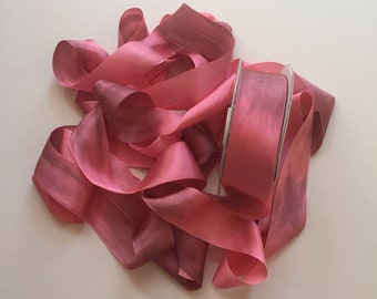 1 metre of 32mm variegated silk ribbon - Colour V116