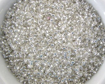 Toho Glass Seed Bead Clear Crystal Color With Silver Lining Size 11/0 gsb0189 (10 grams)