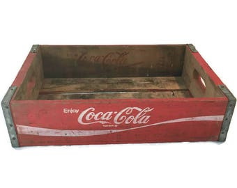 Vintage COCA COLA RED Crate / 1970's Wood Soda Pop Bottle Crate / Coca Cola Font on Red Background / Chattanooga/Temple