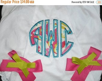 ON SALE Monogram Baby Bloomers, Circle Applique Diaper Cover - Personalized Bloomer
