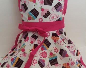 On Sale Kids apron, Personalized Girls cupcake Apron, kids cupcake apron, twirl skirt apron