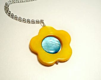 Mother of Pearl Layered Silver Summertime Necklace in Yellow and Aqua