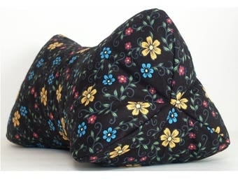 Folk Art Floral / Dog Bone Shaped Contoured Fabric Neck Pillow / FULLY LINED / Relieves Pressure Points / Great for TV & Travel
