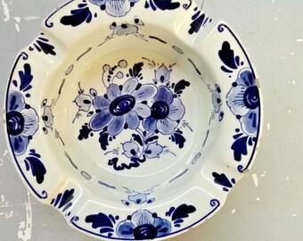 Original Delft Dish, dutch blue dish, pin dish, blue ashtray, delftware holland, 1970s, dutch, blue white dish, Regina, Made in Holland