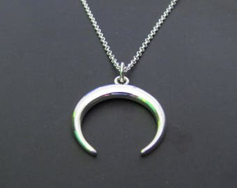 Horn Necklace, Crescent  Moon Necklace, Boho Necklace, Tusk Necklace, Sterling Silver Necklace, Gift for her, Sterling silver Jewelry