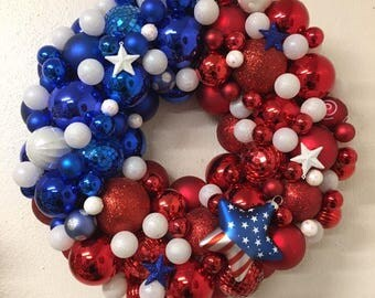 Adorable Patriotic Anerican 4th of July Ornament Wreath