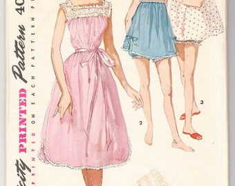 Vintage 1956 Simplicity 1553 Sewing Pattern Misses' Shortie Nightgown and Panties Size 16 Bust 34