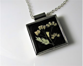 Winter Flowers, , Real Flowers in Jewelry, Pressed Flower Necklace, Resin, (3107)