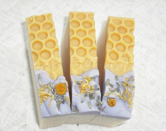 Lavender Honey Soap / Honey Soap / Honey comb Soap / lavender Soap / Artisan Soap / Handmade Cold Process Soap