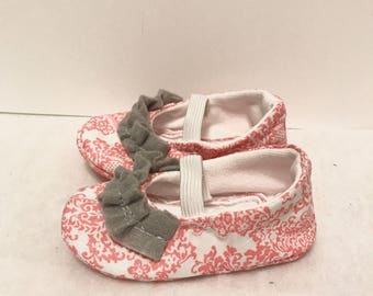 Baby Shoes 3-6 Month Girl Shoes Pink Gray Ruffles Baby Gift Baby Slippers Ballet Shoes