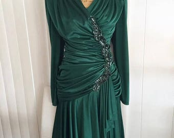 40% OFF Christmas in July Gorgeous Vintage 70's does 40's Forest Green Evening Gown with Gathers and Sash