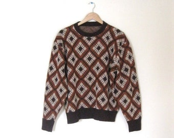 Spring SALE Vintage 60s Argyle Mens sweater / Hipster argyle pullover Unisex 60s sweater