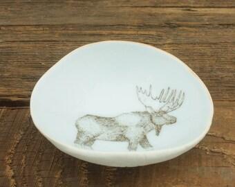 Moose Woodgrain Dish by SKT Ceramics. Hand built porcelain dish, jewelry dish, olive oil dish, tapas dish by SKT Ceramics