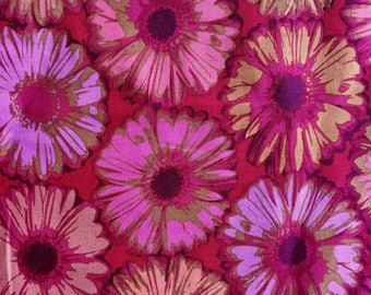 Carla Miller OOP, rare, Gerbera Daisy, Fuschia, remnant, floral fabric, early Westminster