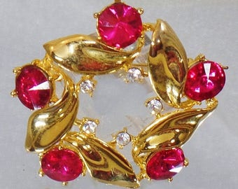 SALE Vintage Gold and Hot Pink Rivoli Rhinestone Brooch.  Large Pink Rivoli Rhinestone Pin.